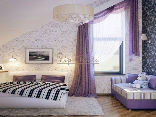 Фиолетовые шторы к сиреневым обоям