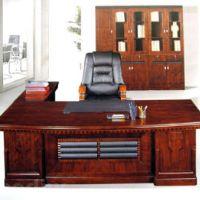 Стол для руководителя: фото